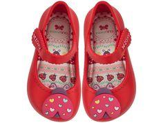 No site da Zaxy você encontra muito estilo e, claro, as lindas sandálias e sapatilhas que você quer logo no seu pé.