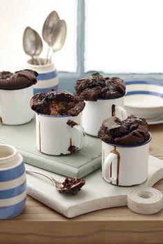 Bar-One chocolate pudding    Die Bar-Ones maak dié poeding ekstra lekker.