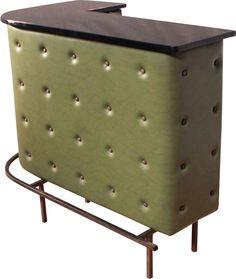 <p>Très beau bar d'angle en simili cuir vert olive dessiné par Jacques…