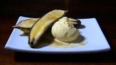 Baked Bananas in Maple Syrup - warm baked bananas drizzled in maple and served with a little ice-cream. Mmmmmm