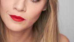 Nonostante io sia una grande, grandissima fan della regola occhio intenso-labbra nude, nell'ultimo anno ho sviluppato un amore compulsivo verso i rossetti. Non oso più contarli ed ogni nuova …