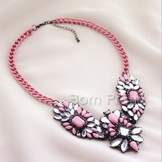 $11.33 Exaggerate Pattern Necklace Luxury Style Crystal Necklace - BornPrettyStore.com