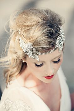Bride with red lipstick and statement headpiece, 1920s inspired bride, real weddings. Just beautiful!!  Image Credit: http://www.dottiephotography.co.uk/