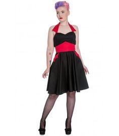 Rêve automne 2014 : nouvelle collection Hell bunny, disponible en rouge et verte : Vampire dress. Très jolie mais pas très hiver.
