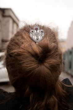 Silver hair stick with garnets by Solarmetal