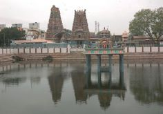 Shri Vadapalani Andavar Temple in Chennai is a 125-year old temple and is the abode of Lord Muruga.