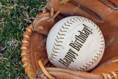 4742043-Happy-birthday-written-on-a-softball-in-a-glove--Stock-Photo.jpg (1300×870)