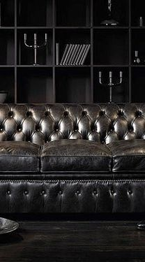 Living Room - Daring black is exotic, dramatic, sexy, passionate...& always mysterious & exciting.