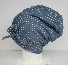 Mützen - Beanie,grau,weiße Punkte,Schleife,Wunschgröße - ein Designerstück von Martina-Bormann bei DaWanda