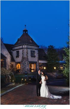 Can't go wrong with a night time photo outside this gorgeous venue! See more of this amazing Pleasantdale Chateau wedding on my blog!