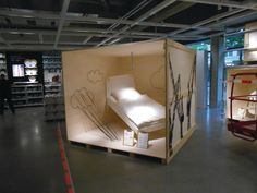 Pictured is a display of the IKEA Citystore in Hamburg, designed to have a smaller store footprint a. Pallet Furniture Shoe Rack, Ikea Patio Furniture, Modern Home Office Furniture, Trendy Furniture, Cool Furniture, Visual Merchandising, Ikea Home, Showroom Design, Wood Display