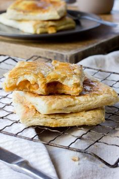 Freezer #Recipe: Grown-Up Prosciutto & Cheddar Hot Pockets