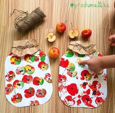 Perhekerho K-mäki 2018 (Great easy fall craft. Easy Fall Crafts, Fall Crafts For Kids, Thanksgiving Crafts, Diy For Kids, Holiday Crafts, Kids Crafts, Leaf Crafts, Fall Art For Toddlers, Harvest Crafts For Kids