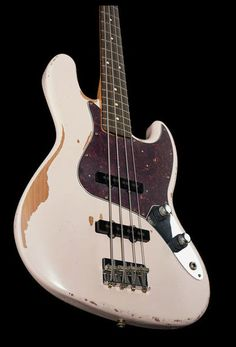 Fender Flea Sig Bass RDWRN SHP - Thomann www.thomann.de #gift #xmas #christmas #guitar #guitarist #music #present #gear #bass #bassist #ebass