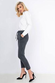 Dámske grafitové nohavice s pásikmi Striped Pants, Fashion, Moda, Stripped Pants, Fashion Styles, Striped Shorts, Fashion Illustrations, Stripe Pants