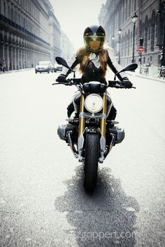 Rider Girl on BMW R