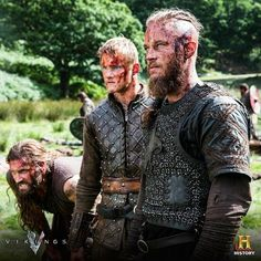 ention of the great Viking Warrior-King Ragnar Lothbrok and his sons dates back as early as the Century. These early accounts, found Ragnar Lothbrok Vikings, Lagertha, Vikings Rollo, Rollo Lothbrok, Vikings Show, Vikings Tv Series, Viking Berserker, Warrior King, Viking Warrior