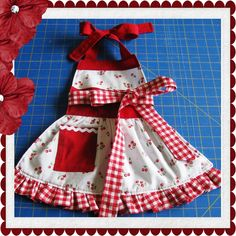 Children's Apron with ruffle sewing tutorial PDF pattern for girls. $5.99, via Etsy.