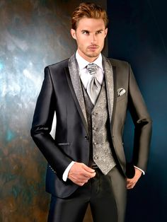 Mens Fashion Suits, Mens Suits, Wedding Men, Wedding Suits, Groom And Groomsmen Style, Vintage Brand Clothing, Elegant Man, 3 Piece Suits, Men Style Tips
