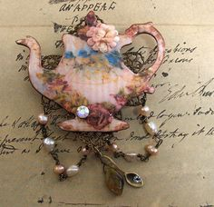 teapot with beads