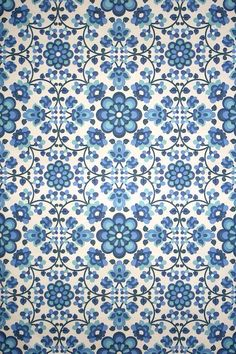Azulejo - Mirrored or Tiled Repeat Example