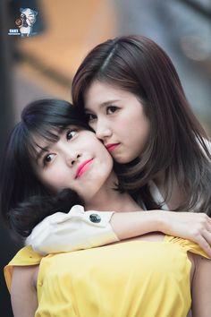 Nayeon, Human Poses Reference, Sana Momo, Twice Sana, Hirai Momo, Popular Girl, Female Singers, One In A Million, What Is Love