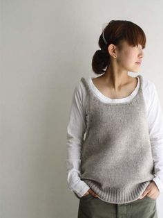 kokotistyle.blog...must make this!!!...great to recycle an old sweater or to make by hand...