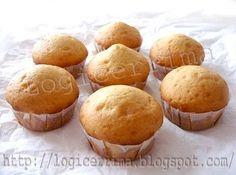 Muffins allo Yogurt   INGREDIENTI (per sette Muffins): -Yogurt Magro(bianco) 100g. - Uova, uno. - Zucchero 75g. - Farina Bianca 00 (doppio zero) 125g. - Fecola di Patate 25g. - Sale, un pizzico. - Succo di Limone, qualche goccia. - Lievito per dolci, due cucchiaini rasi (5g). 135 kcal per muffin