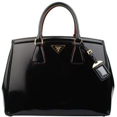 #PRADA Spazzolato bag#womens classic style#popular #black @yourbag.yourlife…