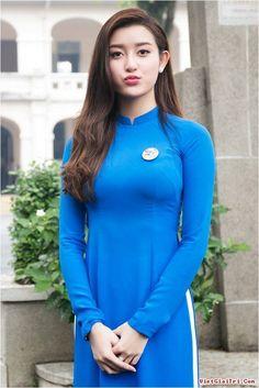 Ao Dai Vietnam Custom Made, Chiffon & Satin, Blue & White, Customize Ao Dai Ao Dai Vietnam, Vietnam Girl, Vietnamese Dress, Beautiful Asian Women, Sexy Asian Girls, Bikini Fashion, Traditional Dresses, Chiffon Dress, Asian Woman