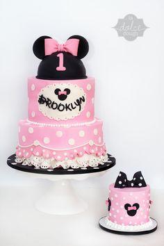 Minnie Mouse Cake - La Dolce Dough - Sylvania Ohio