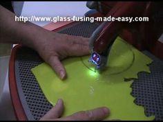 Using a Glass Saw