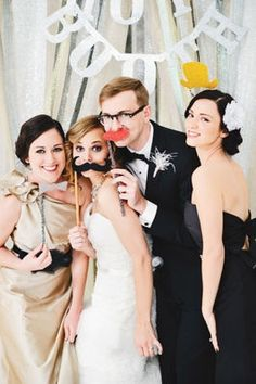 How to include a photo booth in your wedding | Stylish Wedding Ideas