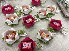 Küsschen Blume, kann man sehr gut mit leckeren kleinen Bonbons oder Mars, Twix &Co füllen