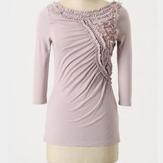 Anthropologie Deletta floral frappe top Great tee. Love the intricate design. Anthropologie Tops Tees - Long Sleeve