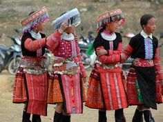 The unique beauty of the Hmong dress