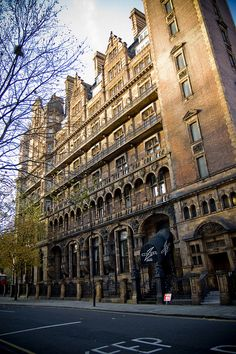 Hotel Russell, Bloomsbury, London----( Wow! Just love Old building's! They are not only Amazing, but the History behind them is Awe inspiring as well! )