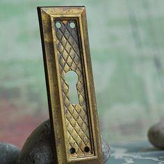 vintage  escutcheon...   key hole plate... Dec 10 by CoolVintage, $9.50