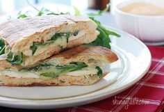 Skinnytaste: Sandwich Recipes Chicken Panini with arugula, provolone, and chipotle mayonnaise Paninis, Chicken Panini, Grilled Chicken, Baked Chicken, Skinny Recipes, Healthy Recipes, Healthy Meals, Delicious Recipes, Free Recipes