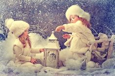 Vintage children photography by Karina Kiel Noel Christmas, Vintage Christmas Cards, Baby Pictures, Baby Photos, New Year Photoshoot, Baby Fairy, Christmas Photography, Winter Kids, Jolie Photo