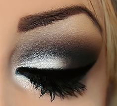 Gorgeous smokey eye with a pop of white