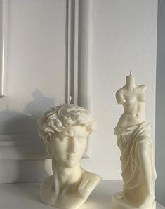 Lightning Photography, Gold Aesthetic, Candels, Art Hoe, Sculptures, Statue, Artist, Aesthetics, Cabana