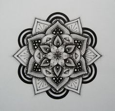 Lotus mandala mandala tattoo design, mandala art, párové tetování, nápady n Dotwork Tattoo Mandala, Tattoo Henna, Hand Tattoo, Mandala Tattoo Design, Tatoo Art, Tattoo Drawings, Henna Art, Lotus Tattoo, Henna Mehndi