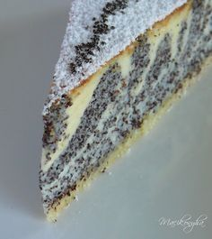 Macikonyha: Mákos zebratorta Hungarian Cake, Hungarian Recipes, Sweet Desserts, Sweet Recipes, Dessert Recipes, Torte Cake, Cakes And More, Creative Food, Yummy Cakes