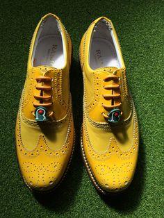 Modello Giallo il Sorriso 😃 #Raimondi #raimondigolfshoes ⛳️🏌🏌️♀️👞#golf #shoes #golfshoes #italianstyle #handmadeinitaly #italy #originali #madeinitaly