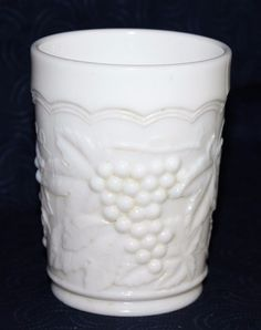 Nice piece of white glass with a raised design of grape bunches and leaves. The rim has a draped scallop edge. Scalloped Edge, Milk Glass, Urn, Tumbler, Ebay, Vintage, Design, Drinkware, Tumblers