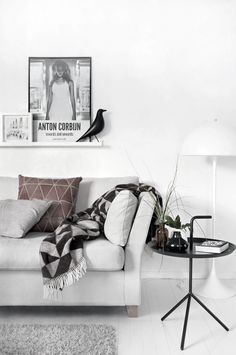 INSPIRING living space cozy whites n grey