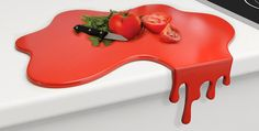 Bloody chopping board threatens to drip over kitchen tops