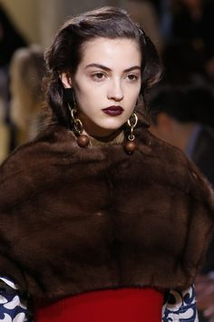 Marni Fall 2016 Ready-to-Wear Accessories Photos - Vogue