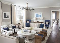 99 Cozy And Stylish Coastal Living Room Decor Ideas (70)